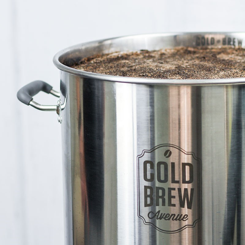 Cold Brew Coffee Maker Large : Small Stainless Steel Cold Brew Coffee System (5.5 Gallon)
